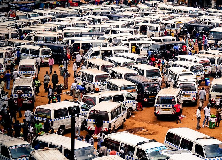 old-taxi-park-kampala-day-tour