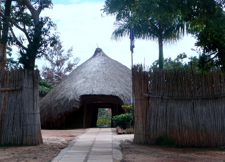 kasubi-tombs-kampala-day-tour